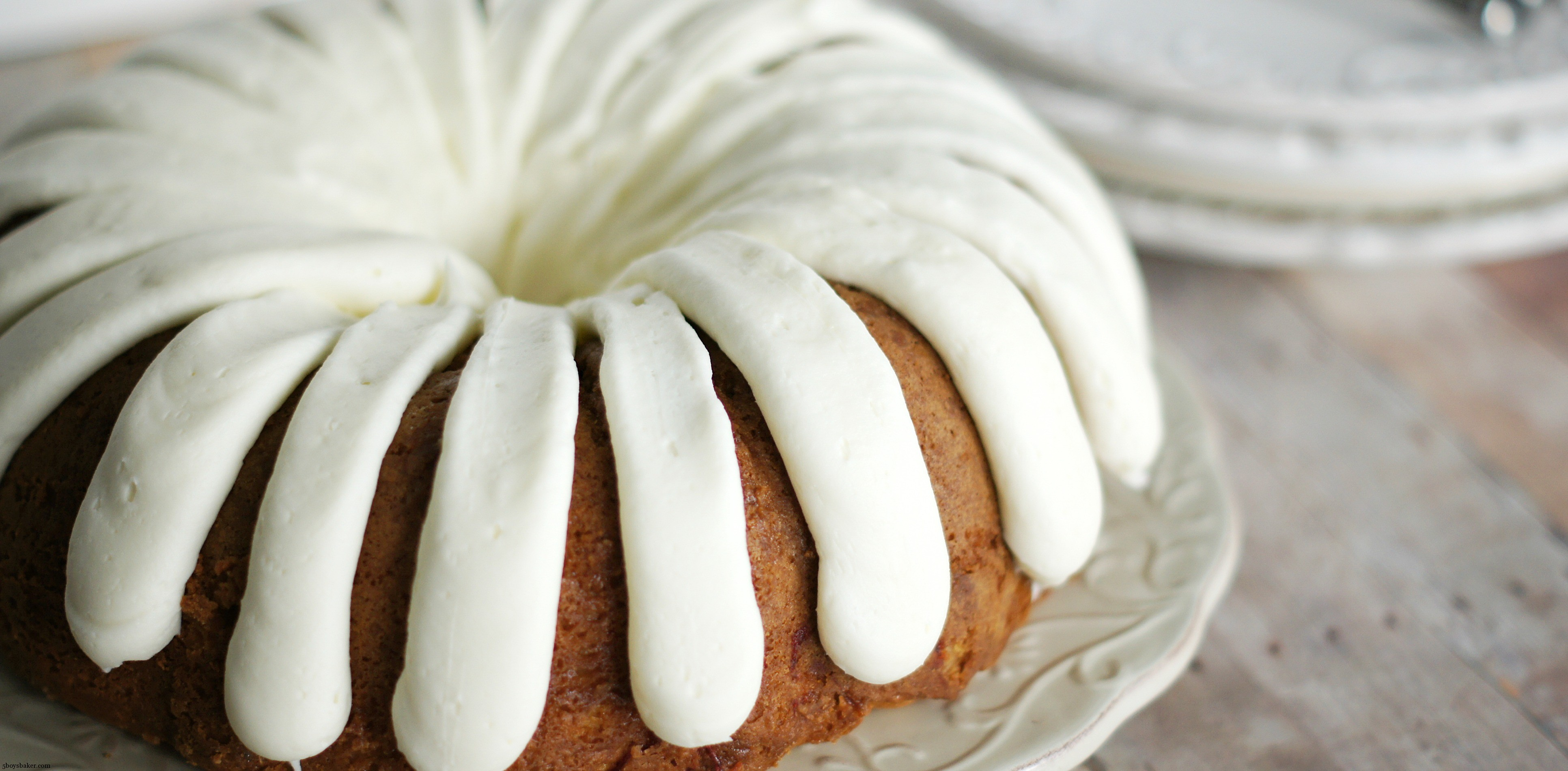 White Chocolate Glaze For Bundt Cake
