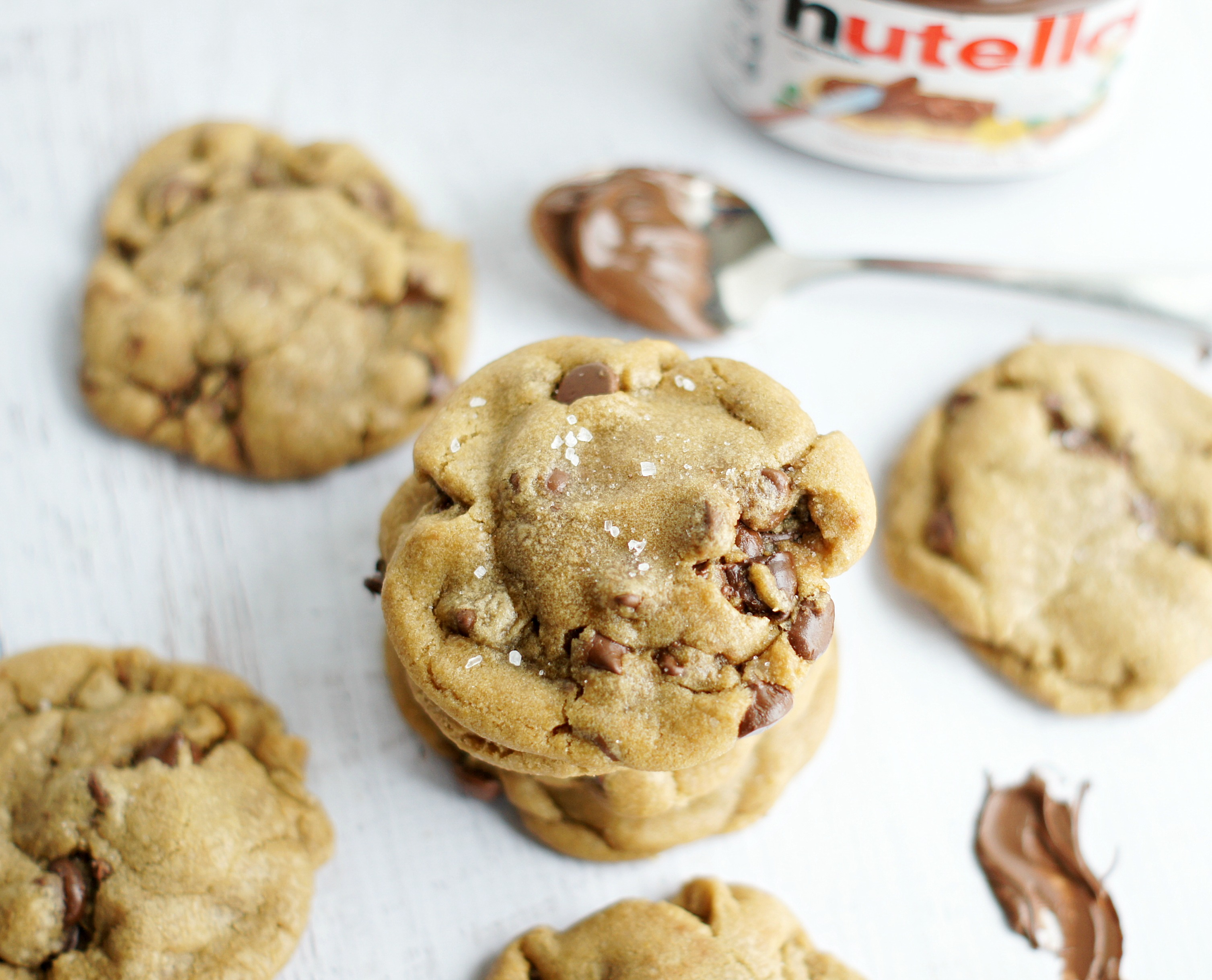 Nutella Stuffed Browned Butter Chocolate Chip Cookies - 5BoysBaker