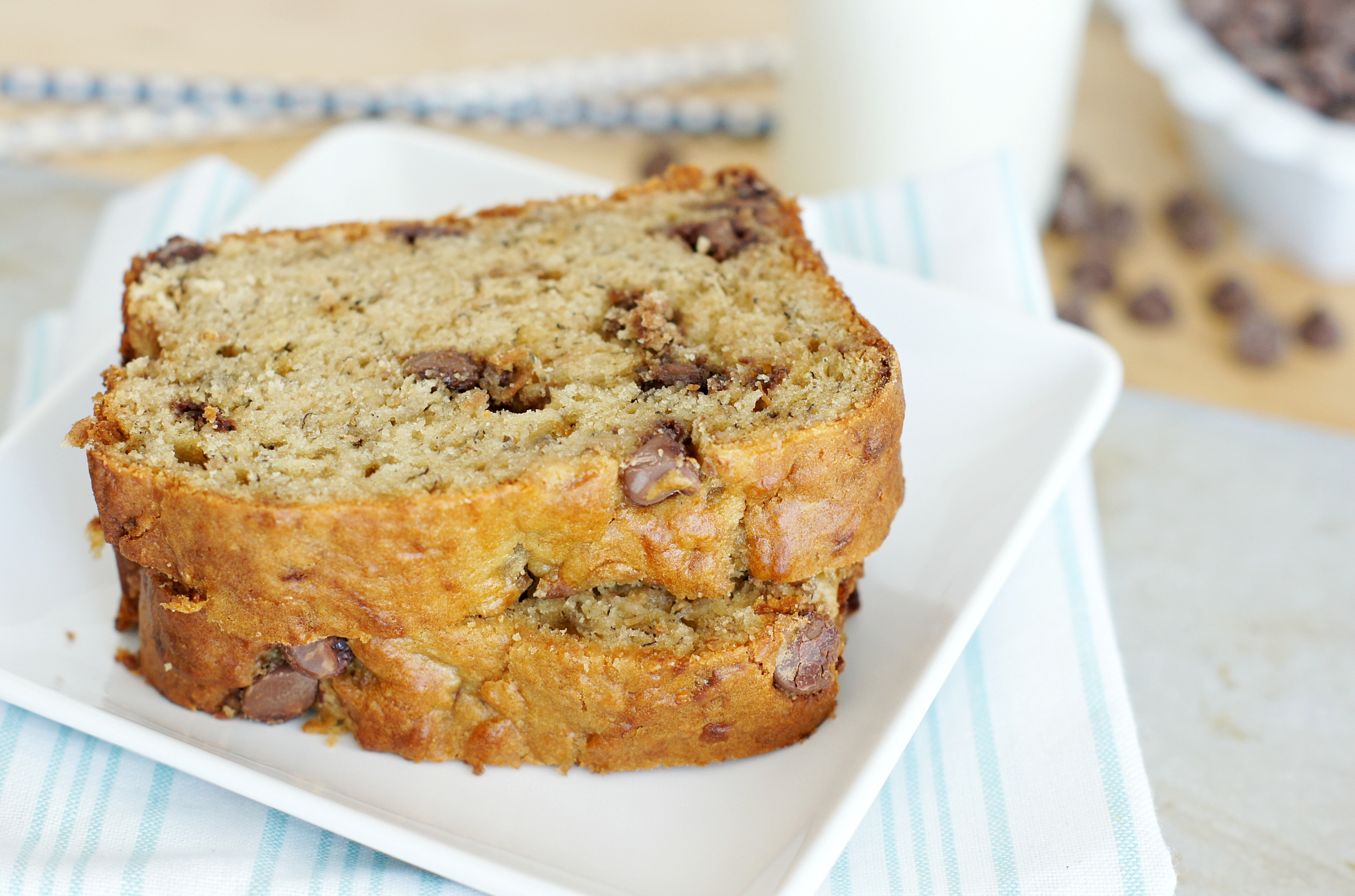 Peanut Butter Banana Bread with Chocolate Chips - 5BoysBaker