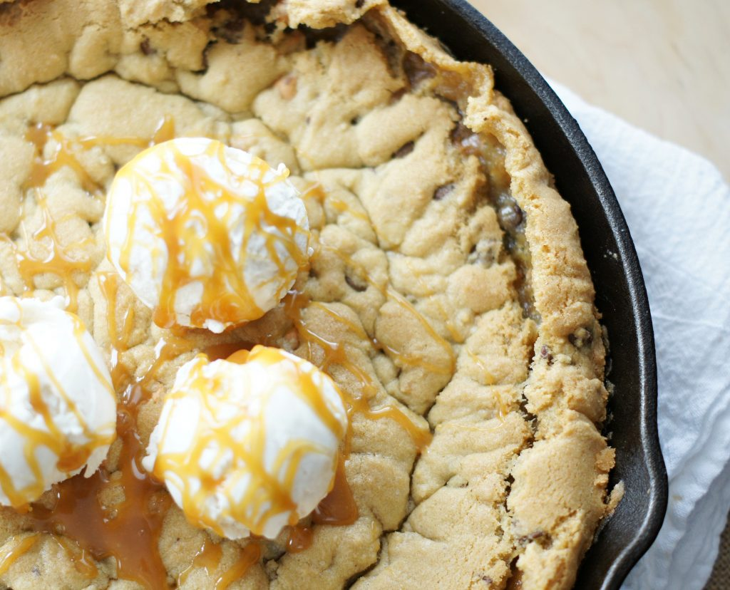chocolate chip butterscotch cookie skillet