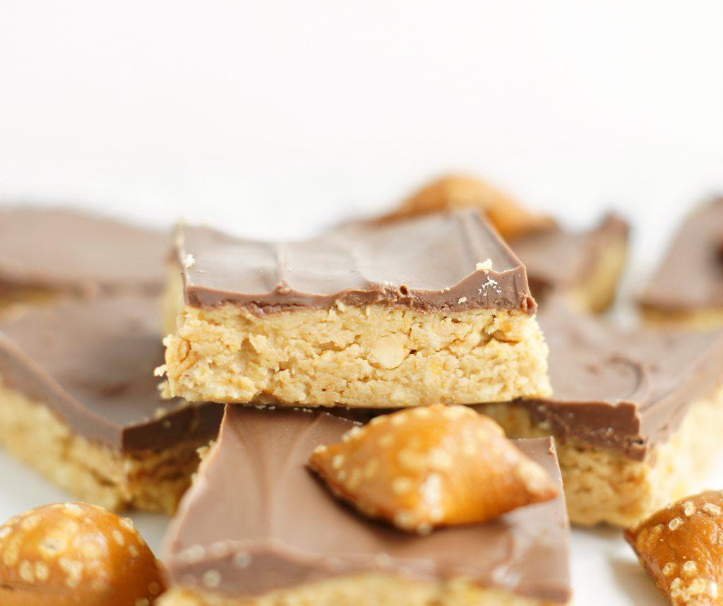 Chocolate peanut butter pretzel ritz bars