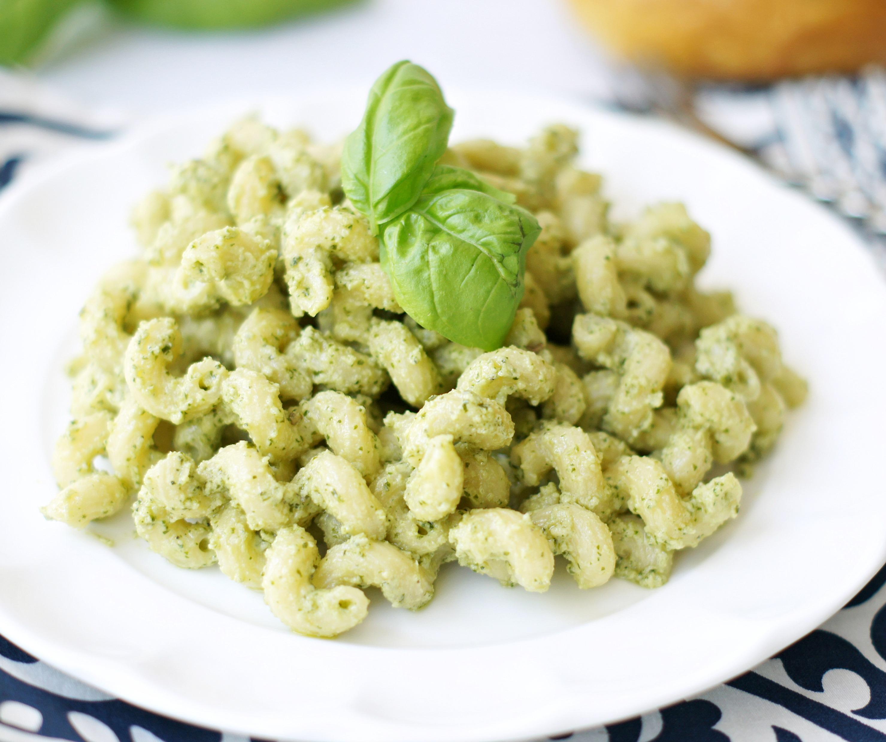 Creamy Pesto Pasta - 5BoysBaker