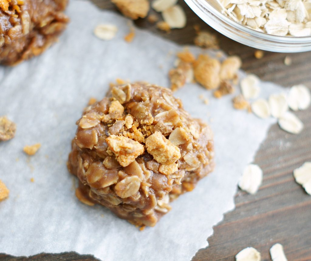 No-Bake Chocolate Butterfinger Cookies