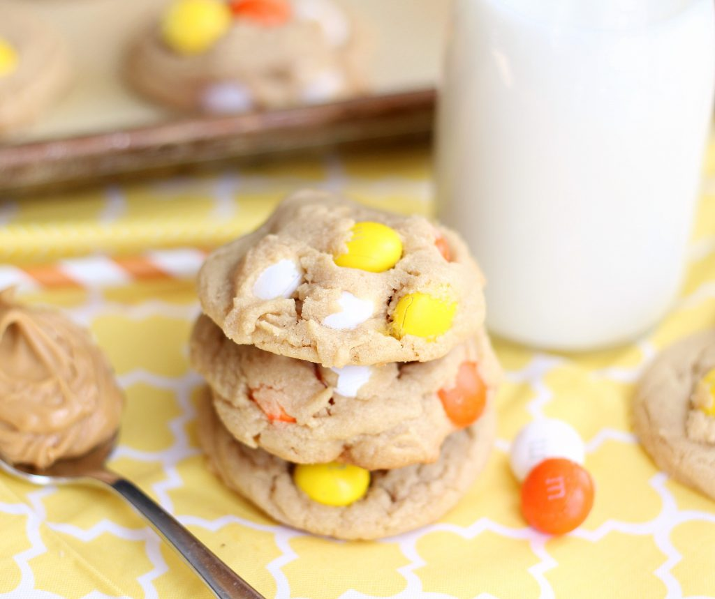Peanut Butter White Chocolate M&M Cookie