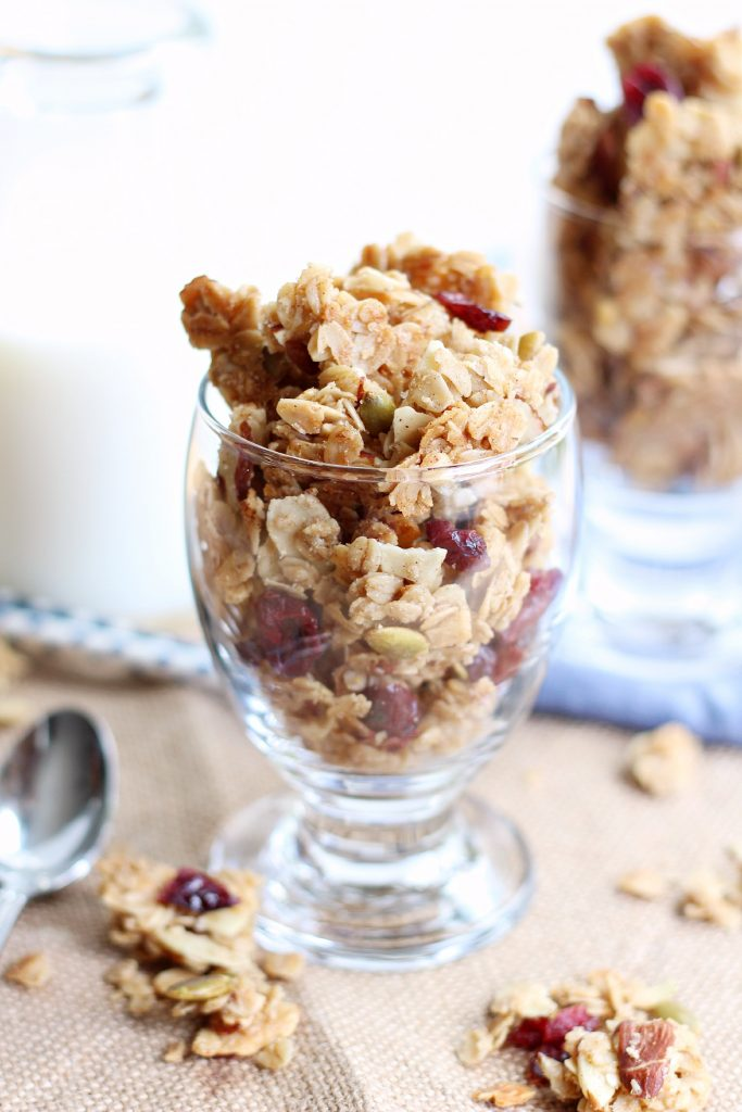 chunky almond granola