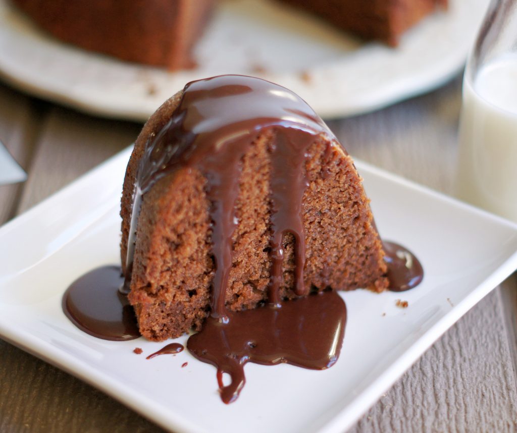 Chocolate bundt cake with hot fudge sauce