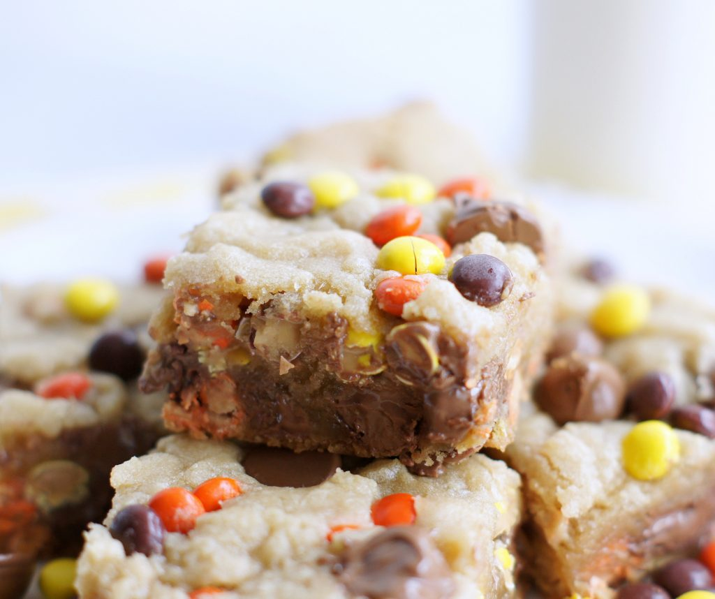 Reese's Pieces Chocolate Chip bars