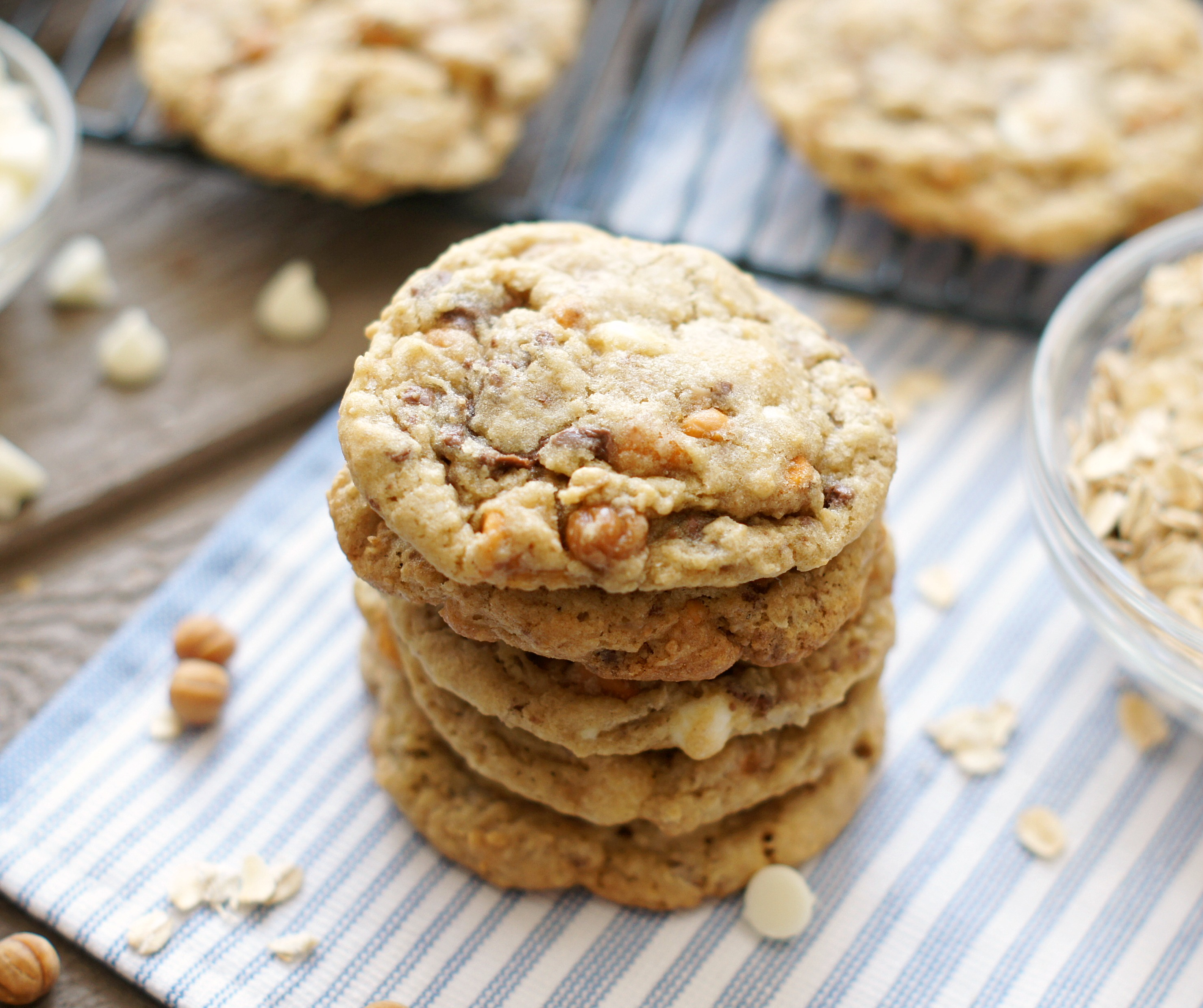 Loaded Oatmeal Cookies - 5BoysBaker
