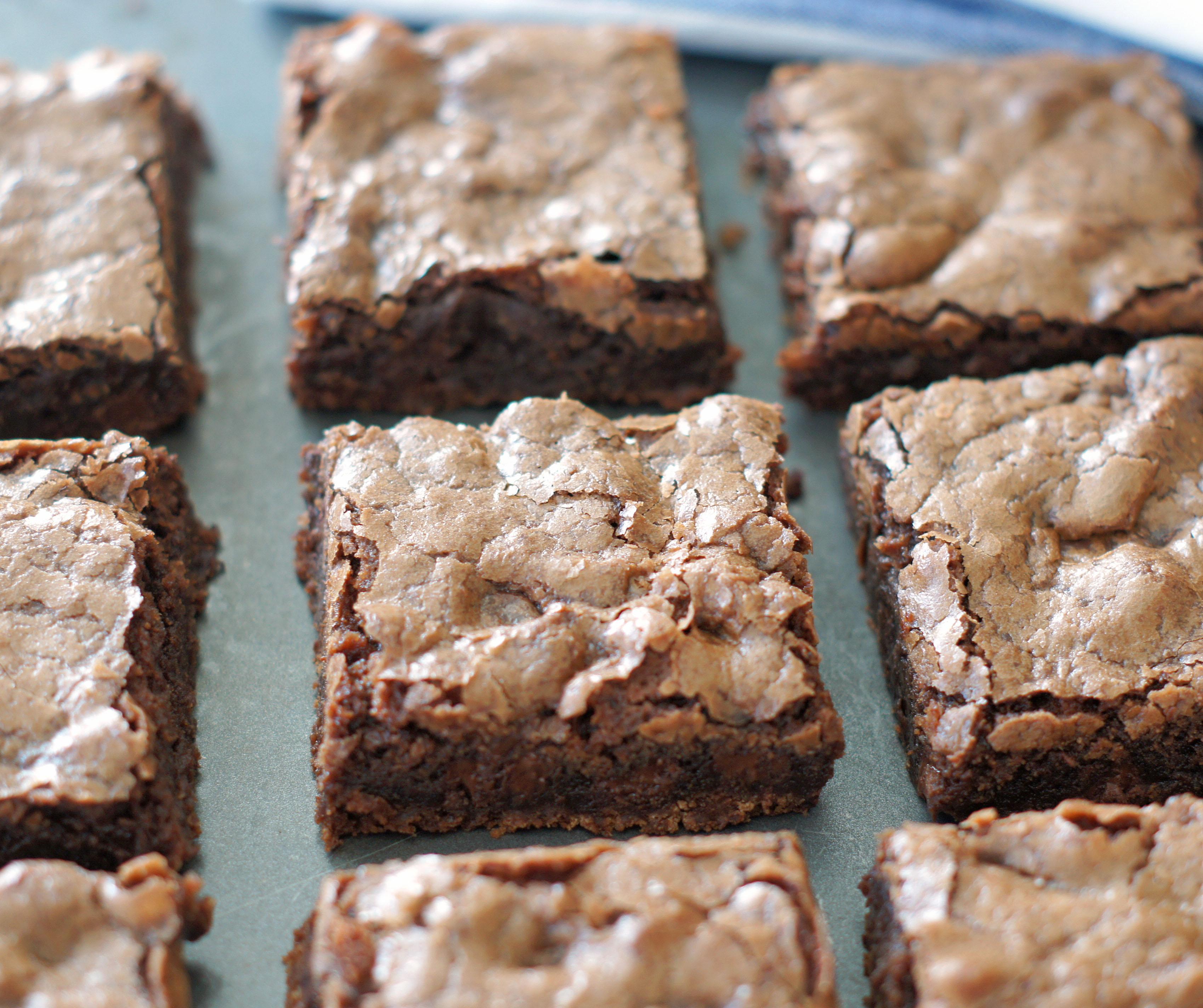 pan of chewy brownies