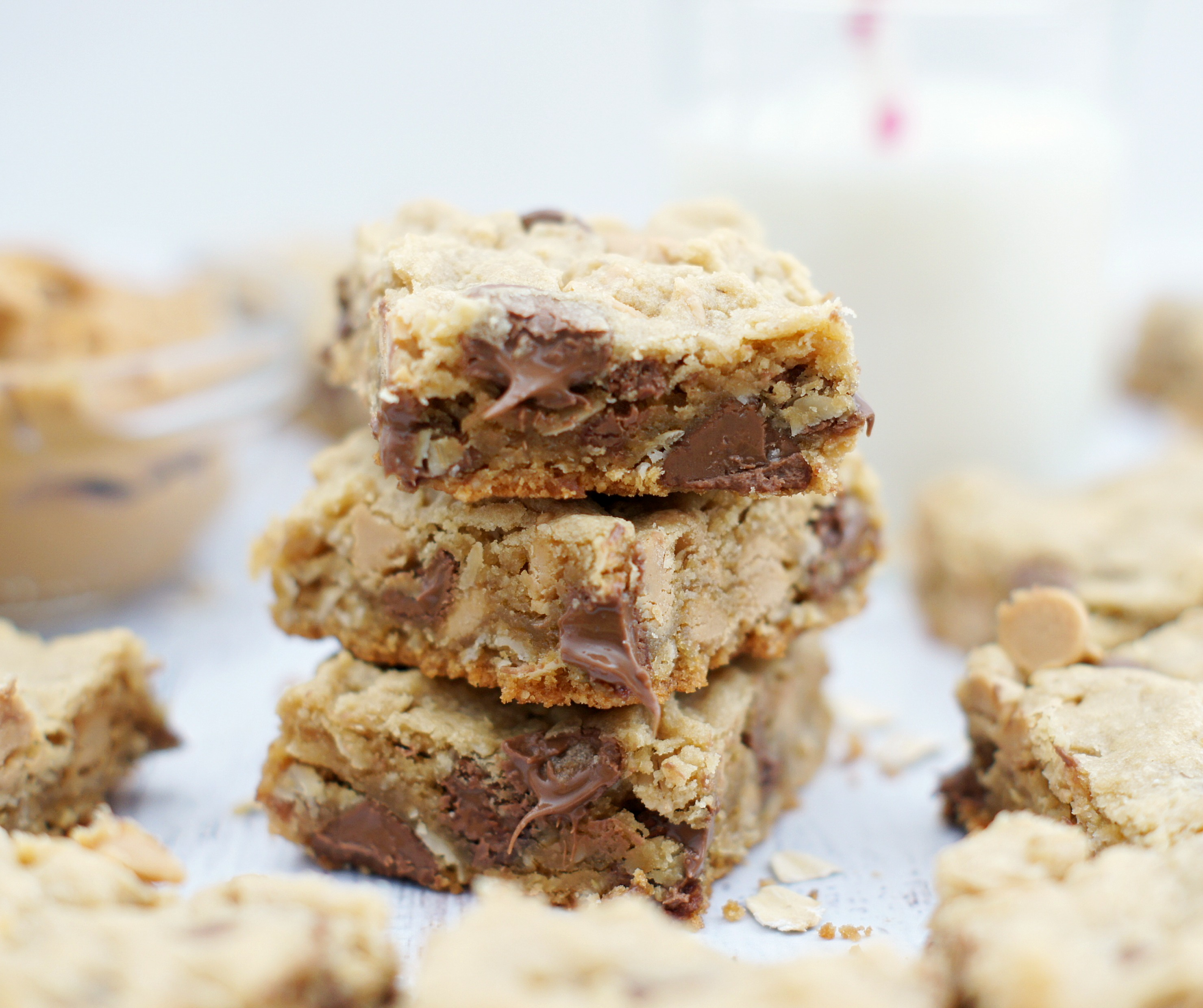Oatmeal Chocolate Chip Peanut Butter Bars - 5BoysBaker