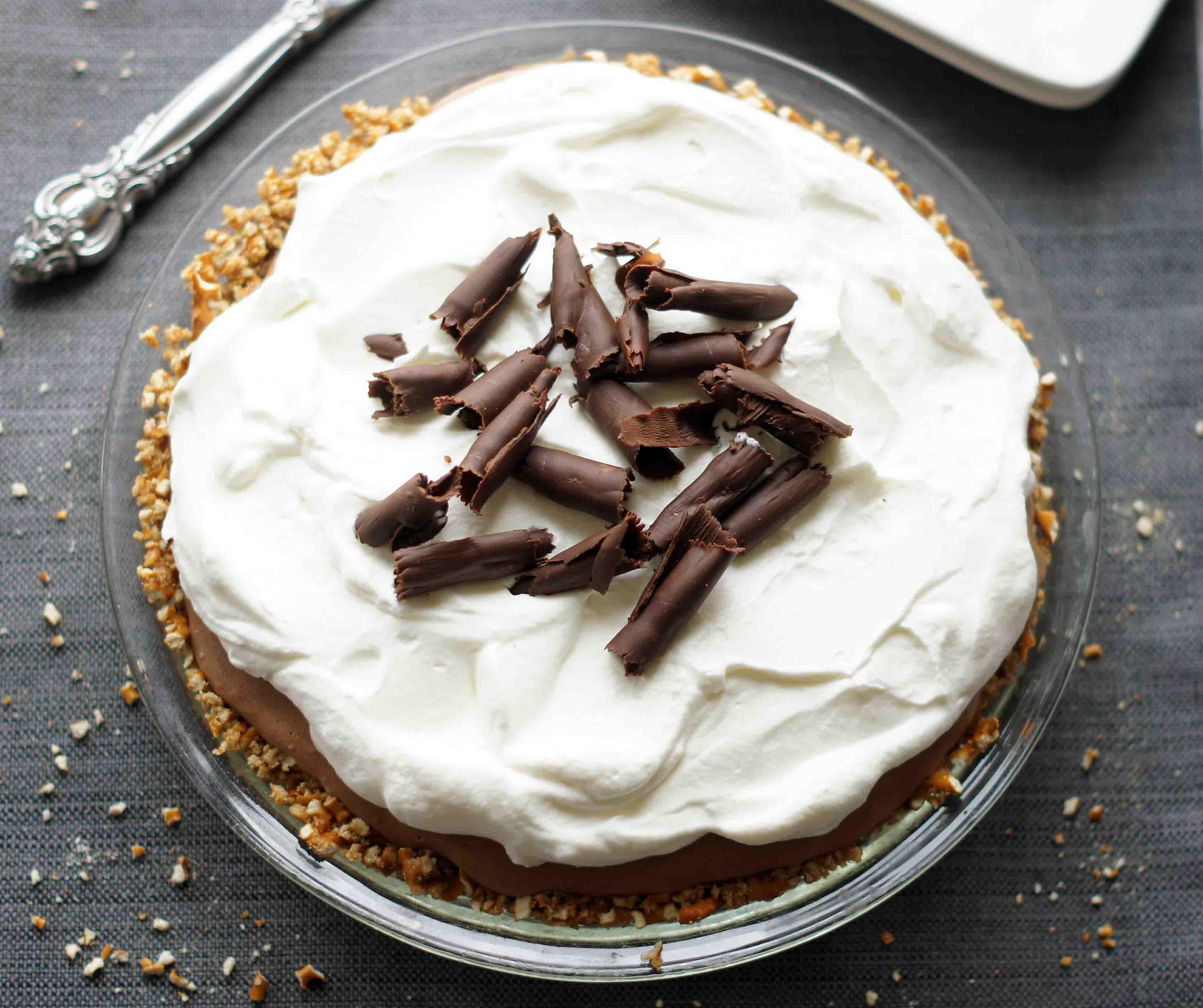 Chocolate Mousse Pie with Pretzel Crust - 5BoysBaker