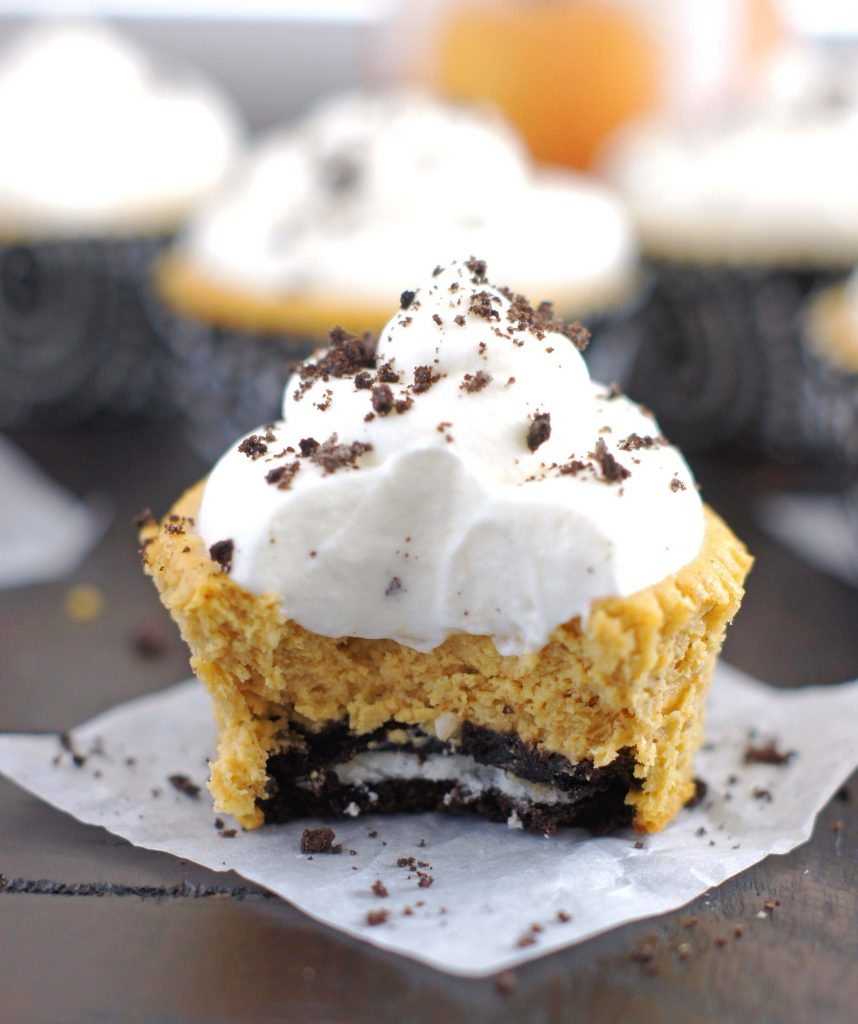 mini-pumpkin-oreo-cheesecakes