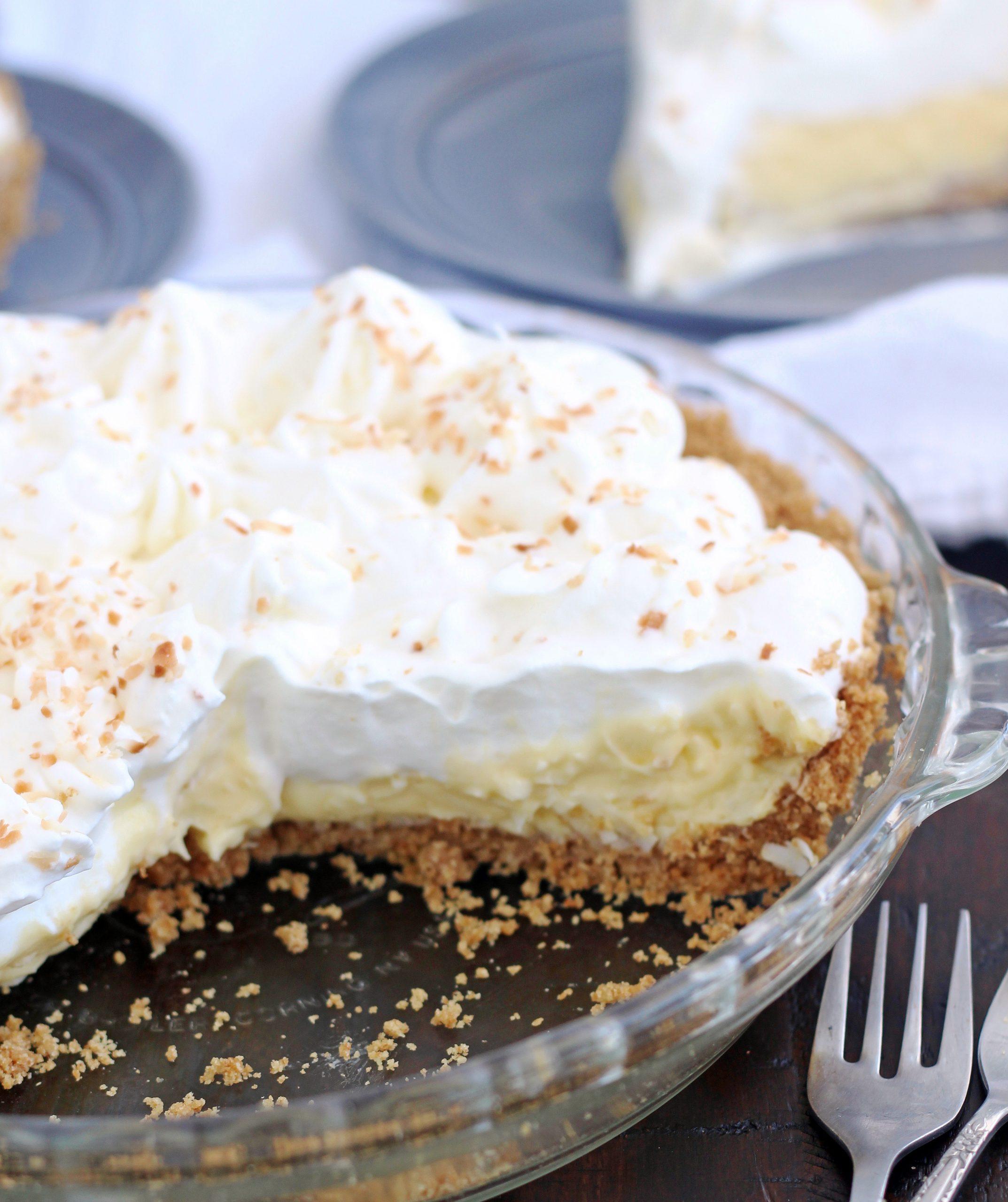 Coconut Cream Pie With Graham Cracker Crust 5 Boys Baker