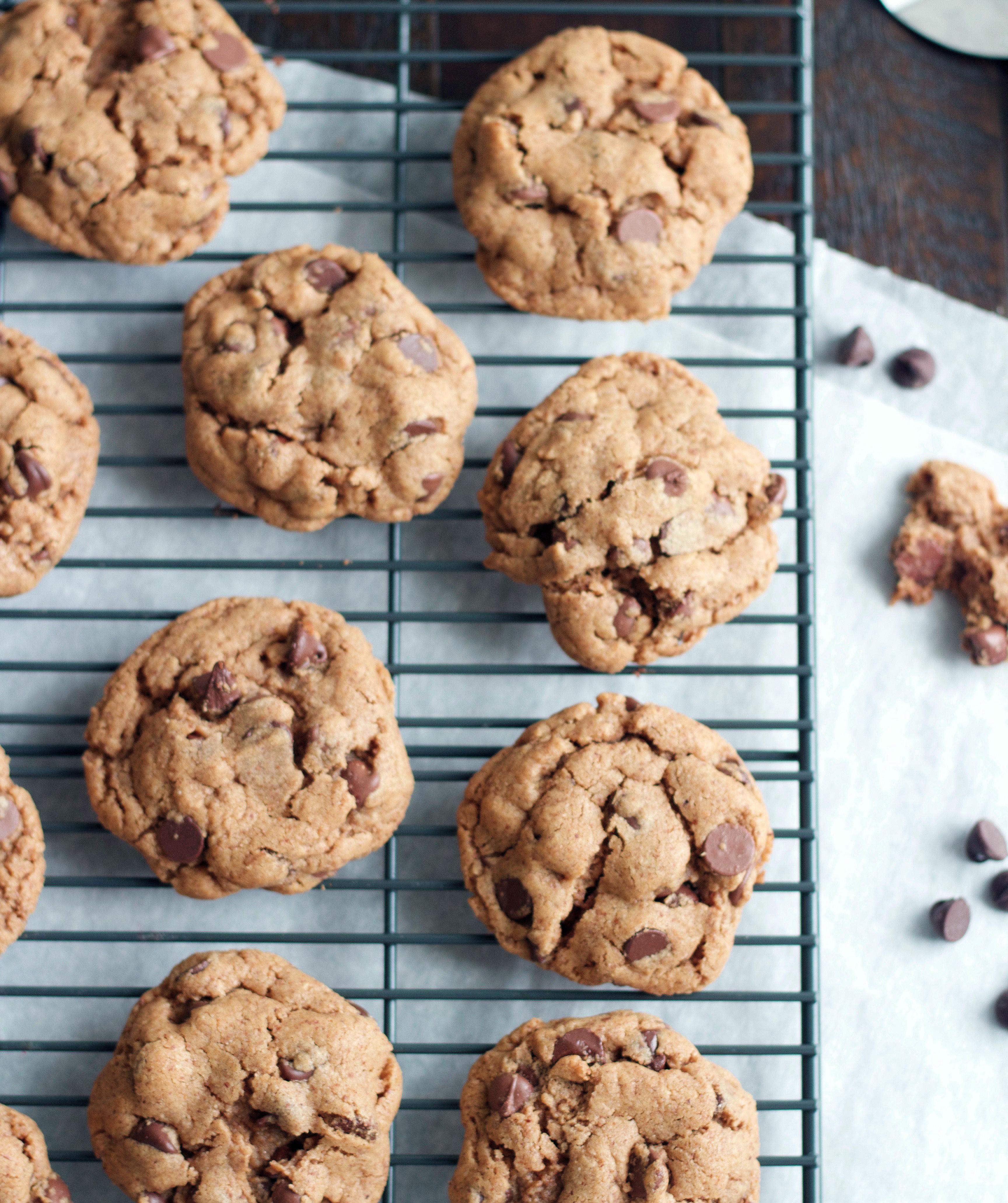 Almond Butter Chocolate Chip Cookies - 5BoysBaker