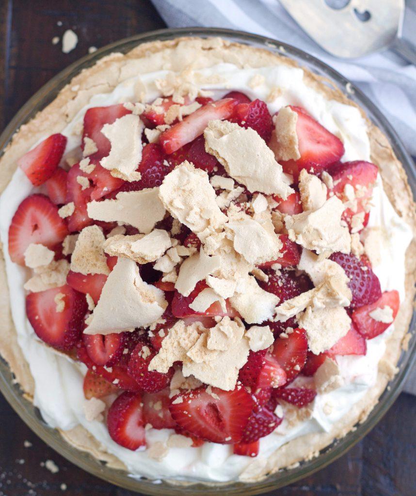 Schaum Torte - 5 Boys Baker