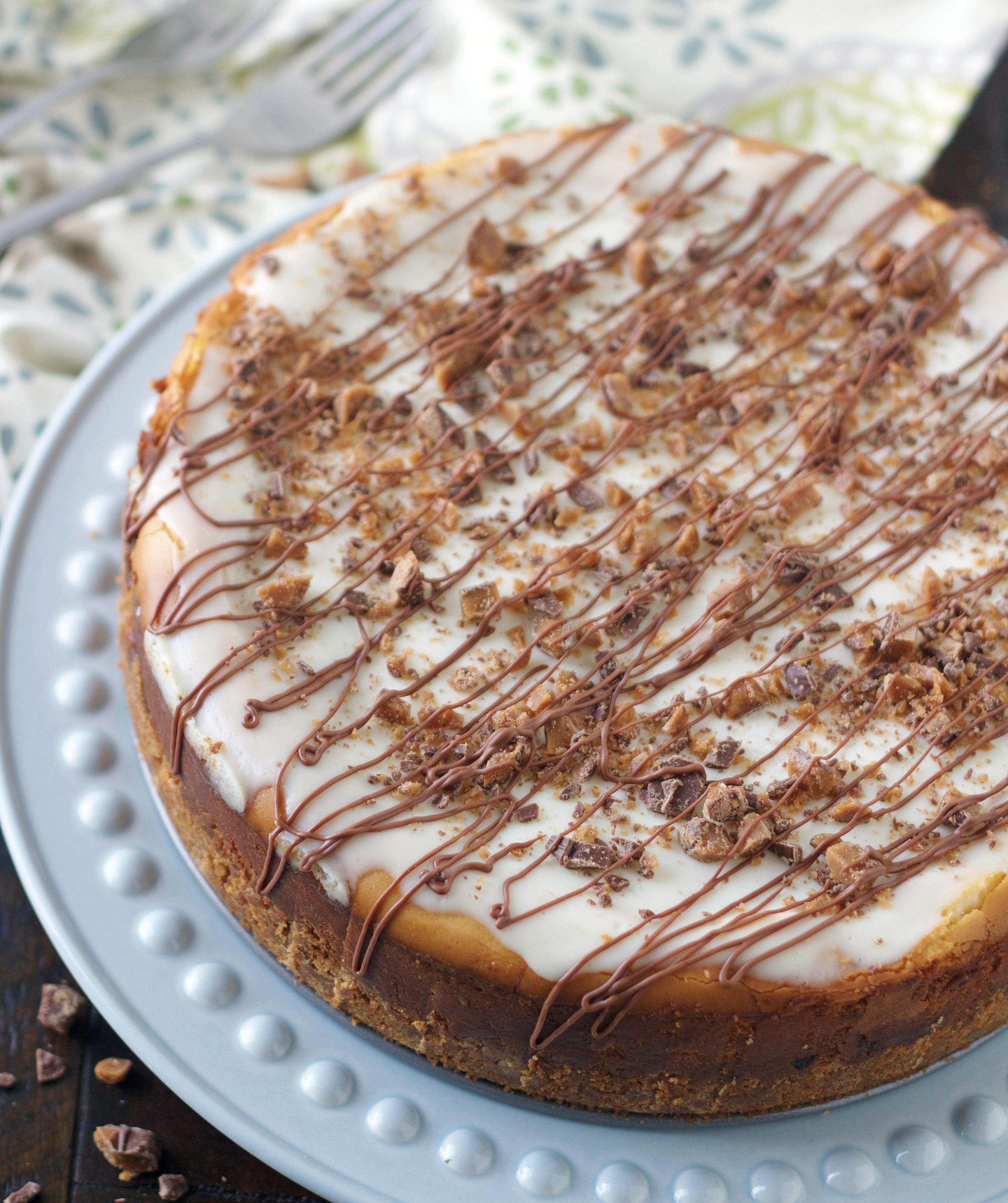 White Chocolate Toffee Bar Cheesecake 5