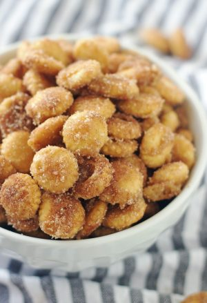 bowl of sweet & salty churro toffee snack mix
